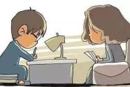"""部分家长患""""辅导作业焦虑症"""" 专家呼吁莫把焦虑传递给孩子"""