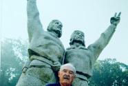"""""""和平是我们共同的追求""""——美国""""飞虎队""""父子的中国情缘"""