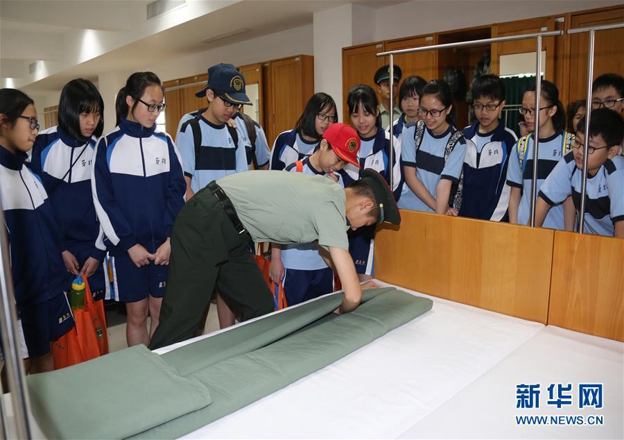 (澳门回归20周年)(3)八一军旗耀濠江——中国人民解放军进驻澳门20周年纪实