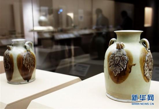 """(新华视界)(6)""""黑石号""""沉船出水珍品在上海展出"""