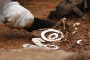 再大的遗址一两个人挖,再珍贵的文物不知道是啥?基层文保人手奇缺